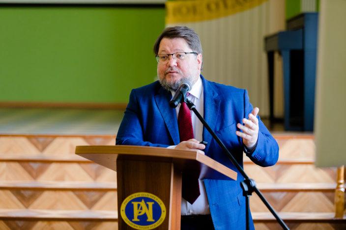 Михаил Щелканов